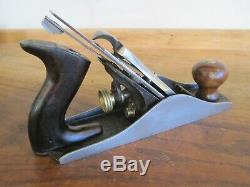 Antique Vintage Stanley No. 4 Type 11 (1910-1918) Smooth Woodworking Plane Tool