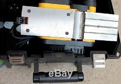 DeWALT DW680K 2.5mm Heavy Duty Woodworking Planer 600W 240V