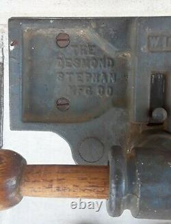 Desmond Stephan MFG. CO, Wood Working Bench Vise W10, Vintage