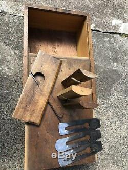 JOB LOT OF VINTAGE WOODWORKING PLANES IN VINTAGE WOODEN BOX 15x10x5
