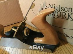 Lie Nielsen No 4 1/2 Smoothing Plane Traditional Woodworking